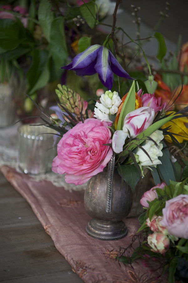 garden roses in antiques