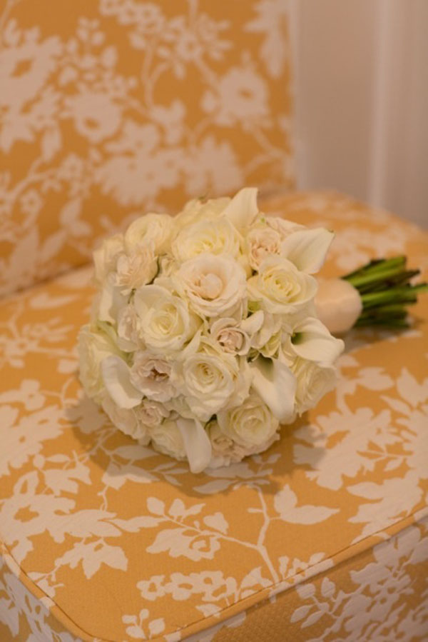 white rose and calla bridal bouquet