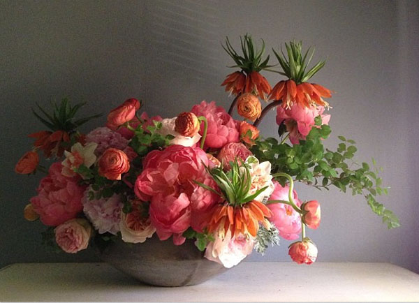 peach and orange flower arrangement
