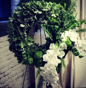 sympathy wreath green white