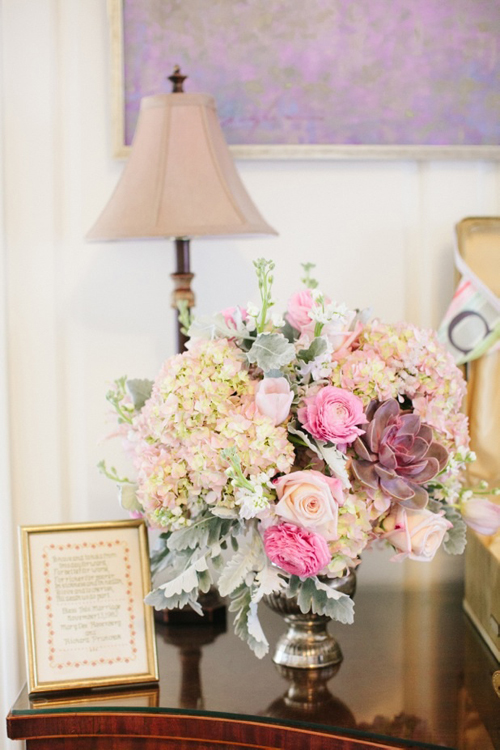 pink and blush centerpiece