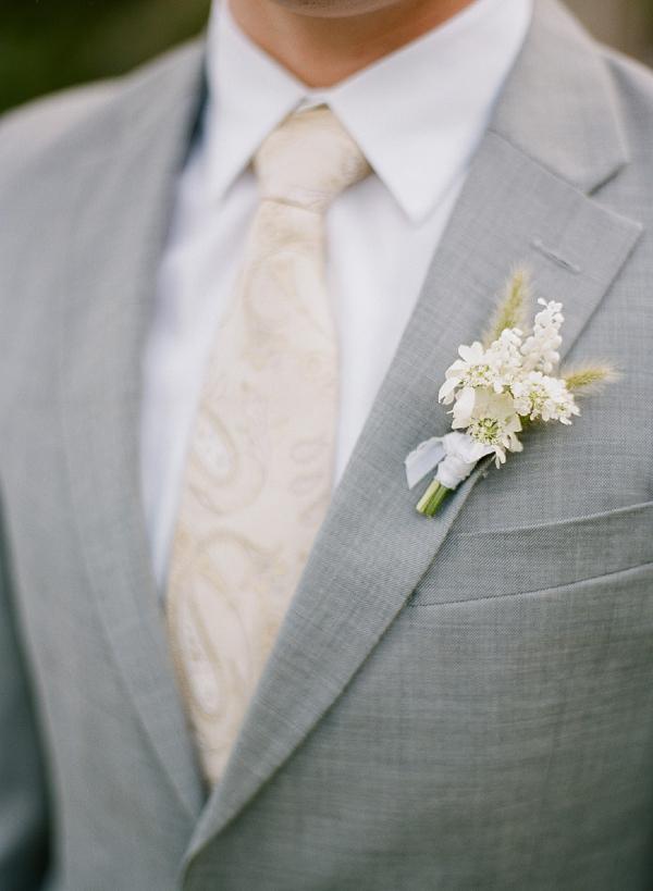 white flower boutonniere