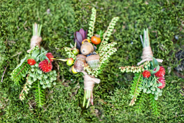 boutonnieres with acorns