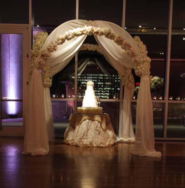 white flowers on chuppah