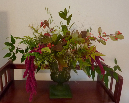 fall foliage and leaf arrangement