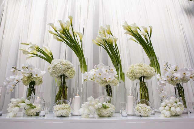 White floral entry way design