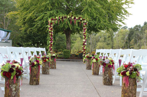 burgundy and green wedding ceremony