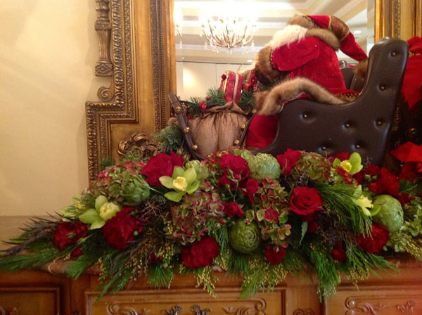 traditional christmas floral design