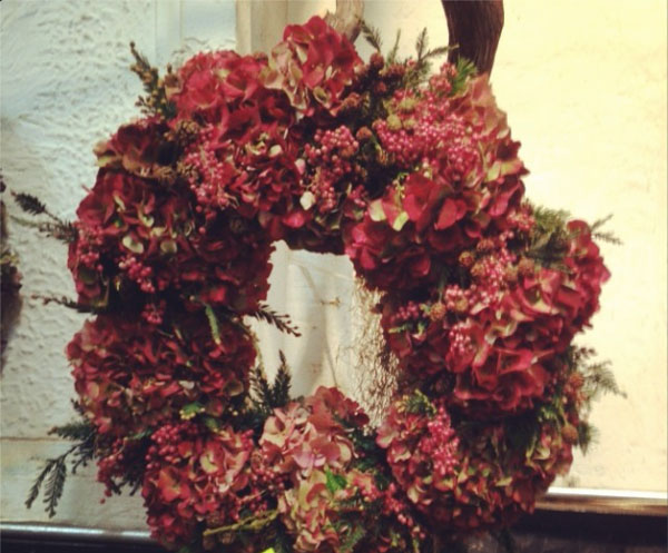 red hydrangea flower wreath