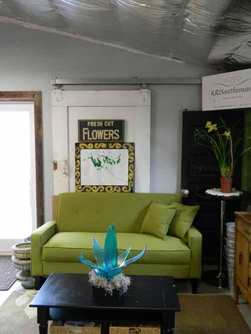 KRISanthemums consulation space