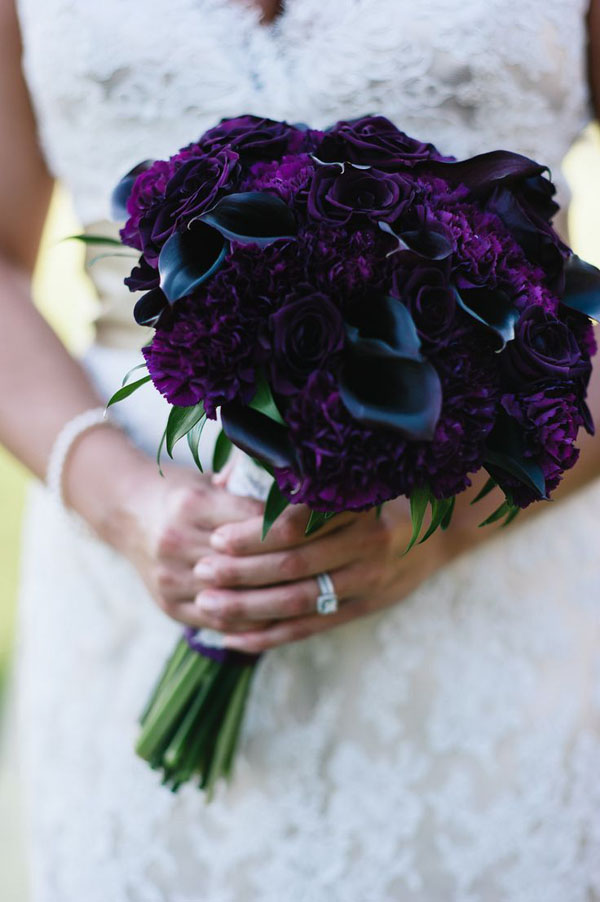 A Garden Party, dark purple calla lilies and lisianthus