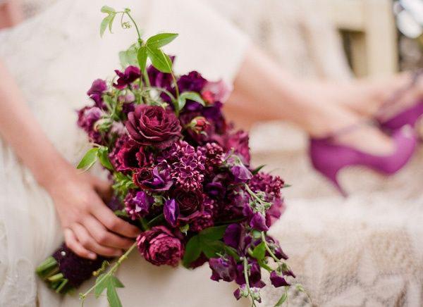 Fleurs De Fallon, bouquet of lilacs and ranunculus