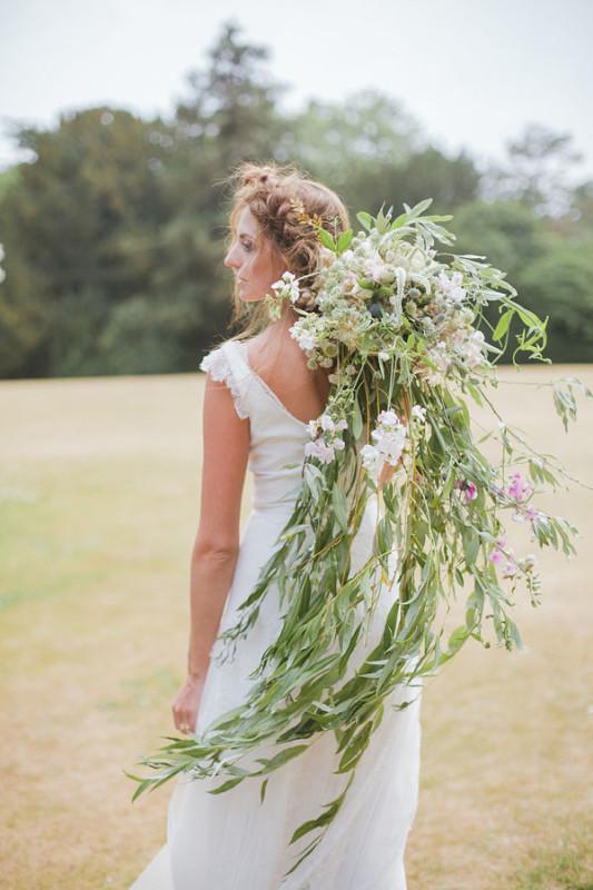 Jay Archer Floral Design, cascading bouquet