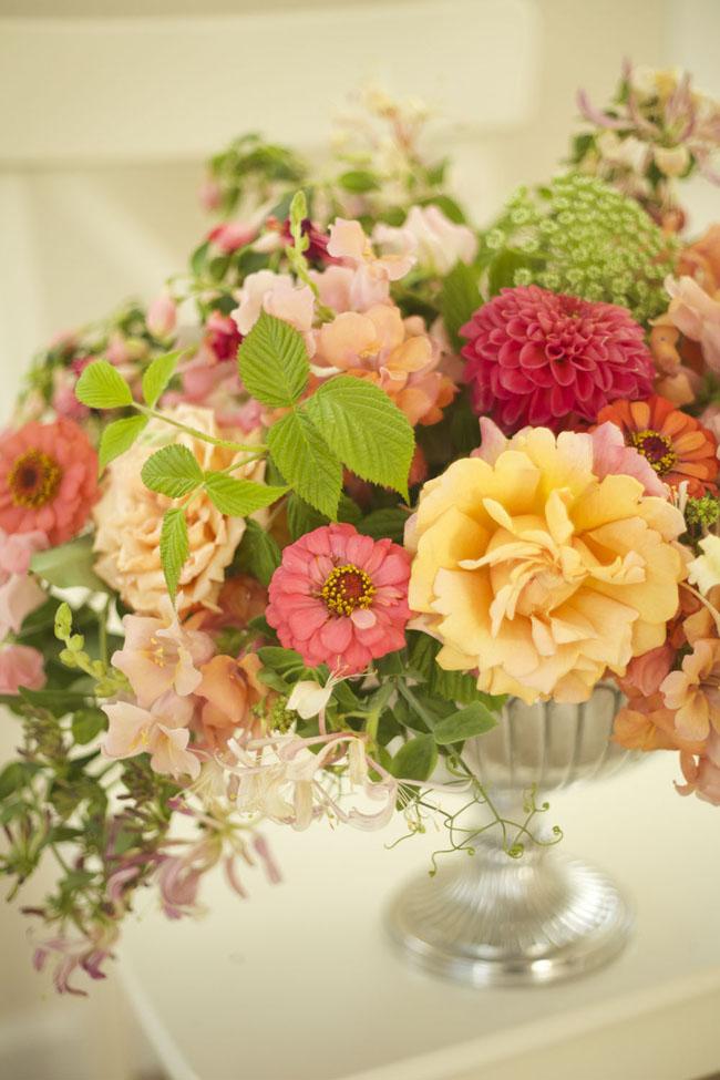 Bella Fiori, peach and pink floral arrangement with honeysuckle, dahlias, garden roses, dahlias