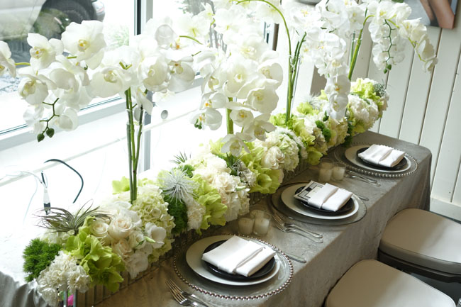 Nancy Liu Chin white floral centerpieces