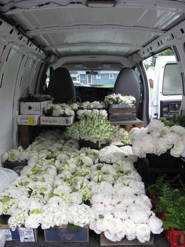 Floral Artistry by Alison Ellis - Transporting Flowers