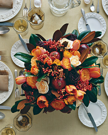 Martha Stewart - fall centerpiece with magnolia leaves
