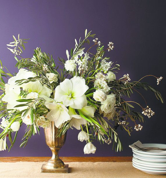 White Amaryllis Centerpiece