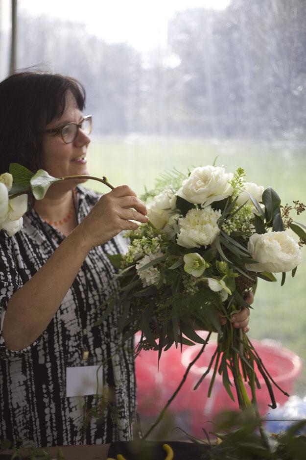 Laura of Faith Flowers