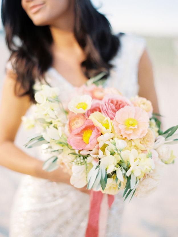 Lauren Kinsey Photography, Bloom Michigan, bouquet with poppies