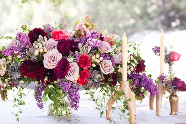 Pixies Petals, Centerpiece with lilacs and roses