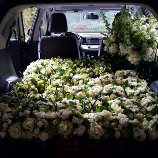 Bella Fiori Car Loaded