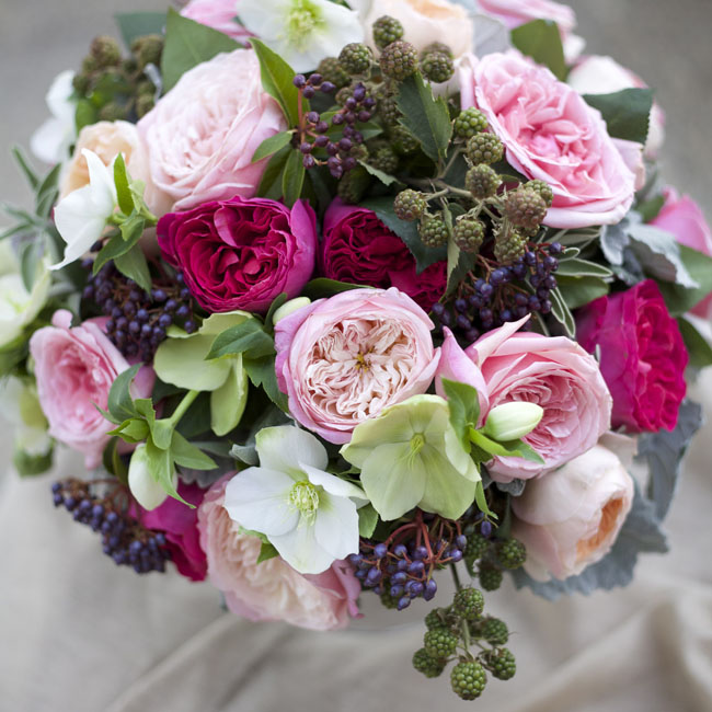 Bella Fiori - Floral arrangement with David Austin Garden Roses with Hellebores
