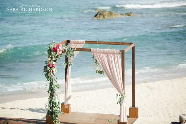 Florenta Floral Design - Sara Richardson - Wedding chuppah on the beach in Mexico