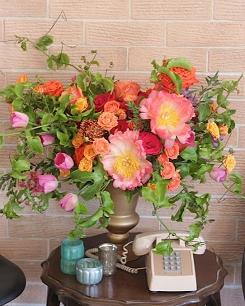 Florenta Floral Design - Vibrant Flower Arrangement