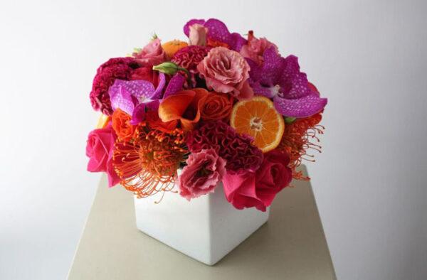 Rachel Cho Floral Design New York CityRachel Cho Floral Design New York City - citrus colored floral arrangement