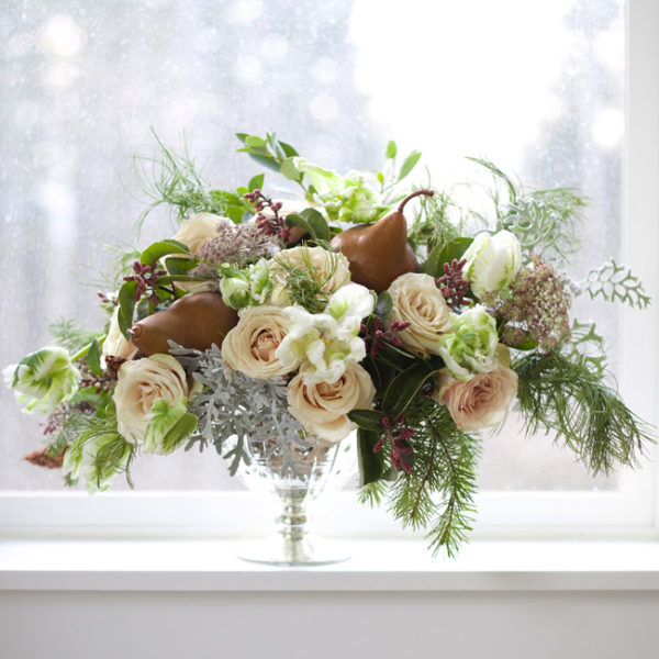 Bella Fiori - compote design with pears, roses, grey dusty miller