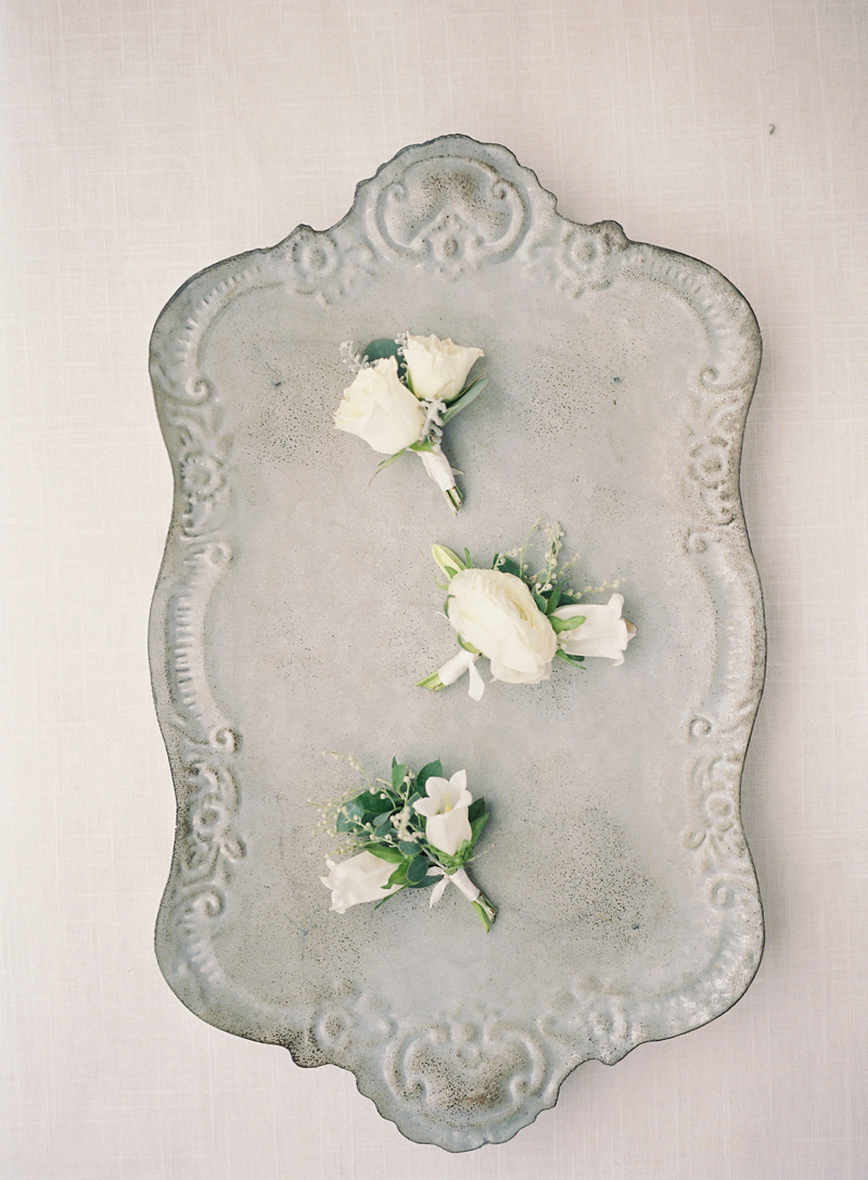 Myrtie Blues Floral Design, Florida. Heather Payne Photography.  Boutonnieres