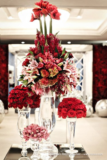 christmas flower arrangement in red
