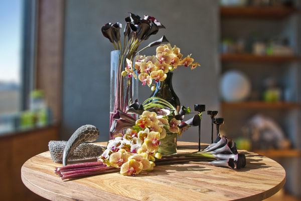 dark purple callas and orchids