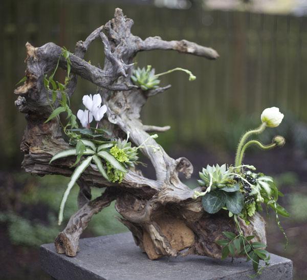 Flower Arrangement Using Driftwood: Designing With Francoise Weeks At The Woodland Design
