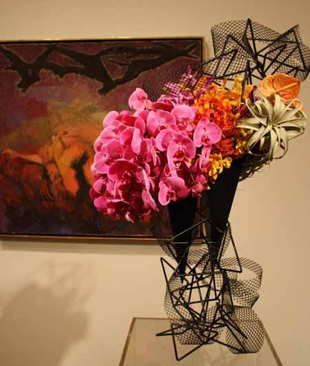 Floral Designer: Orinda Garden Club. Art Piece: Unknown