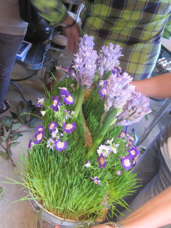 purple spring arrangement