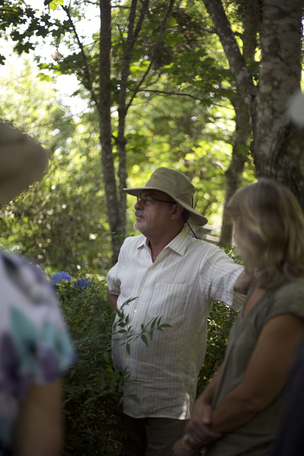 Owner and Hydrangea expert, Jerry, gives us a tour of the farm.