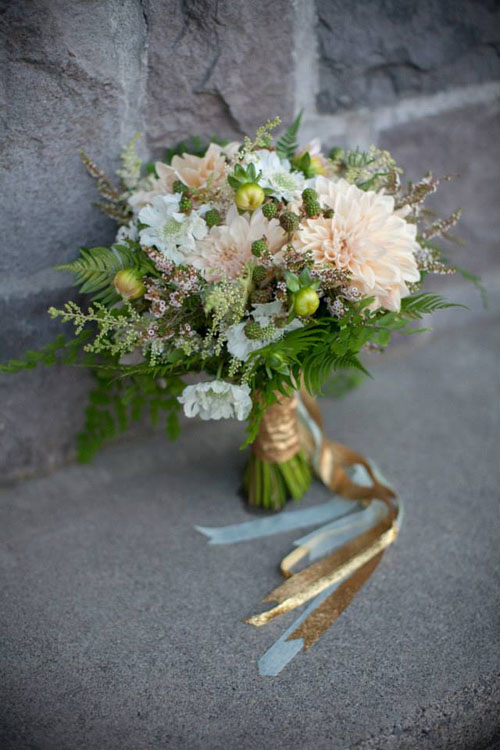 blush and gold bridal bouquet