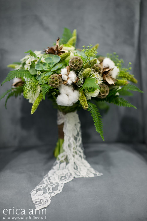 green textured bridal bouquet