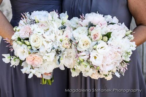 white and blush bridal bouquets by Bella Fiori