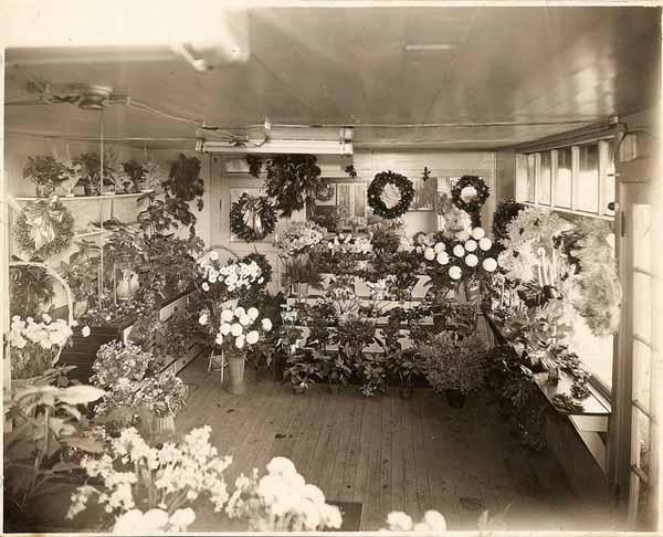 1940's Leiserland Flower Shop interior