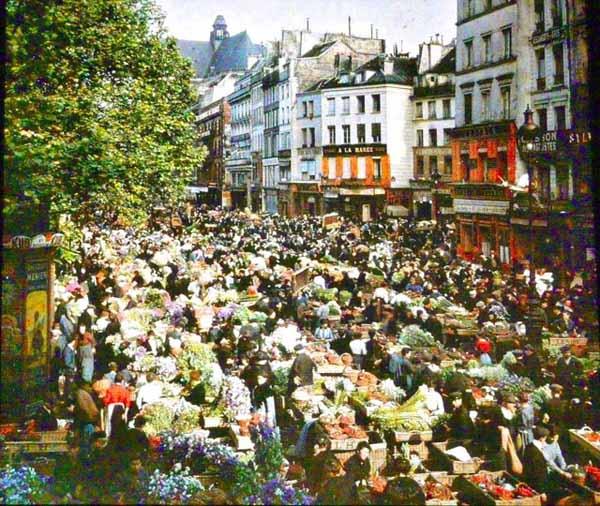 flower market at Les Halles, Paris in 1914