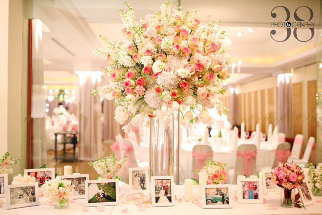 38 degree flowers co ho chi minh city vietnam flirty fleurs the 38 degree flowers co elevated floral design of pink roses white stock and white mightylinksfo