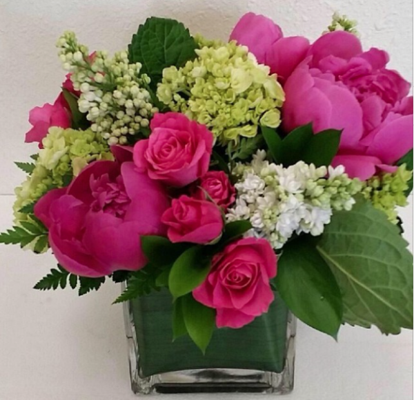 Brittany Flowers, flower arrangement with pink peonies and roses, white lilac, green hydrangea