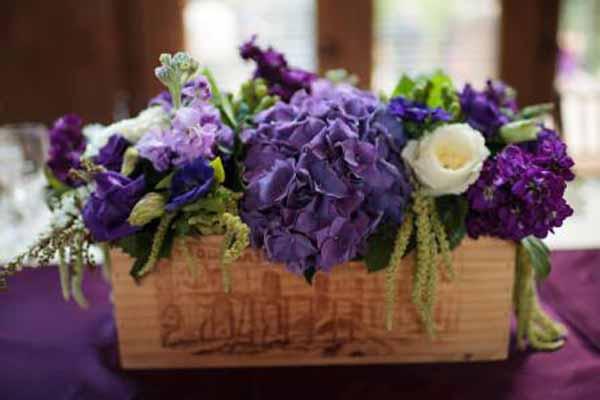 Wedding Wednesday Flowers In Wine Boxes Flirty Fleurs