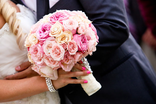 Posh Peony - Bridal bouquet with pink garden roses