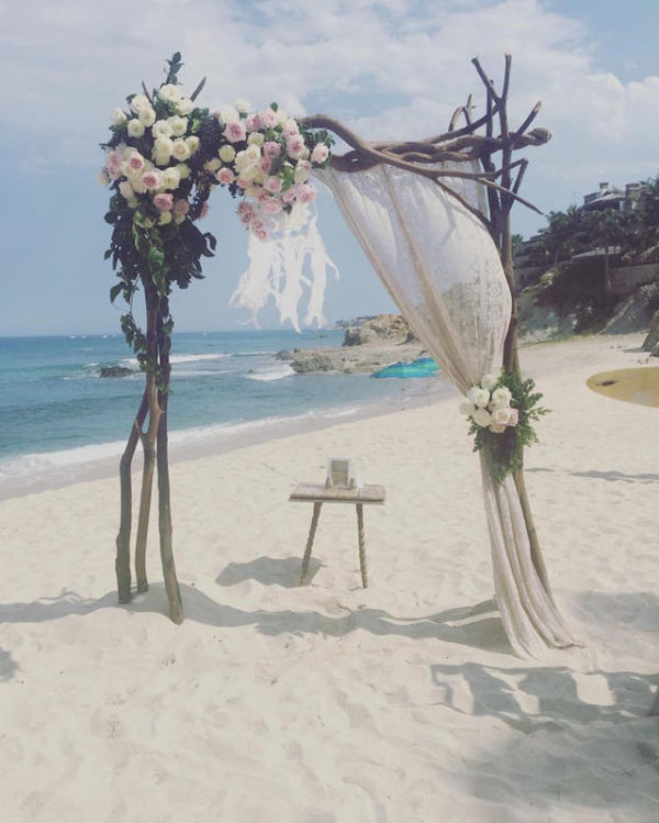 Florenta Flower Design - Wedding floral arch