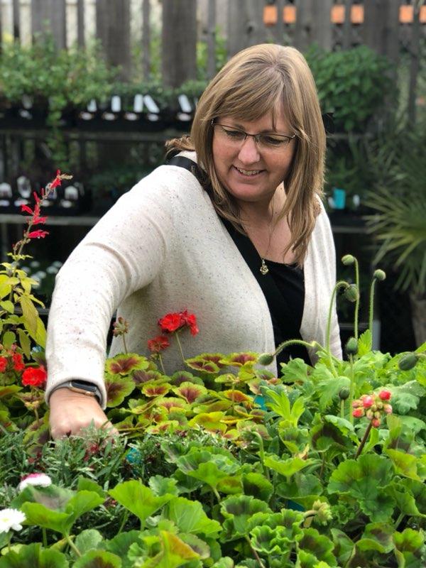 Laurie Garza of Fleurie Flowers in Reedley California