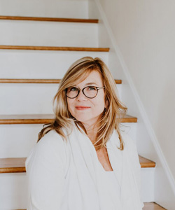 Holly Chapple will be teaching at Florabundance Design Days 2019 in Santa Barbara, California